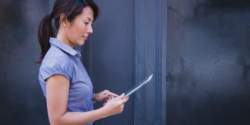 Do Small Business Lenders Discriminate against Women?